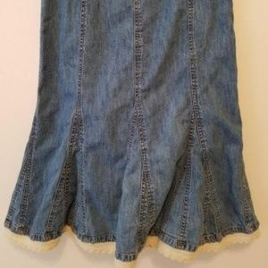 Faded Glory Ruffled Denim Skirt Size 8